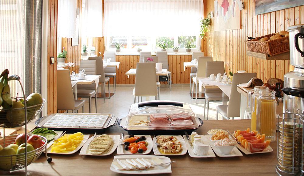 Frühstücksbuffet im Gästehaus Gerlinde